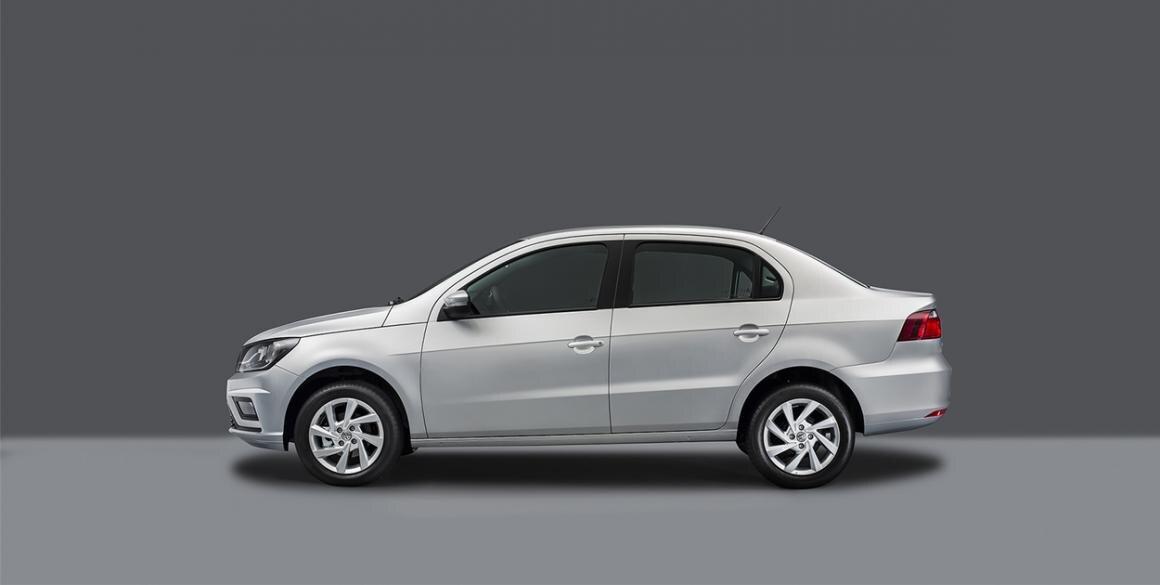 Volkswagen-Voyage-lado