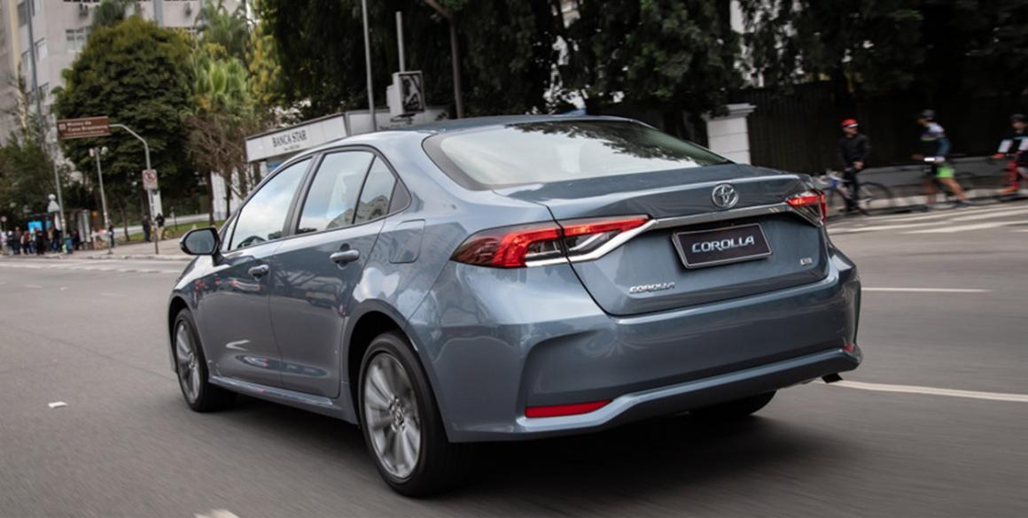 Toyota-Corolla-tras