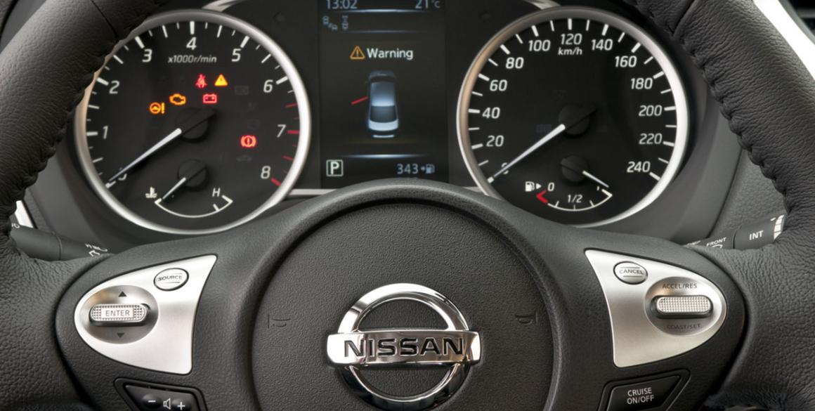 Nissan-Sentra-painel2