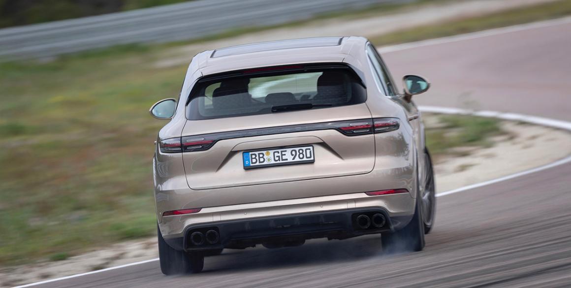 Porsche-Cayenne-tras