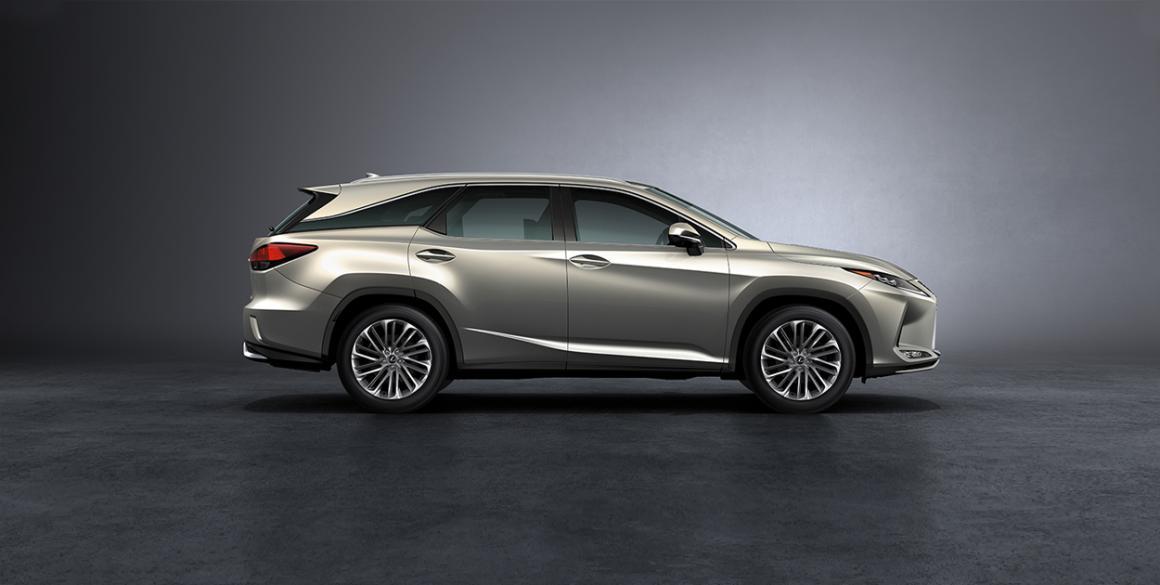 Lexus-RX450-lado
