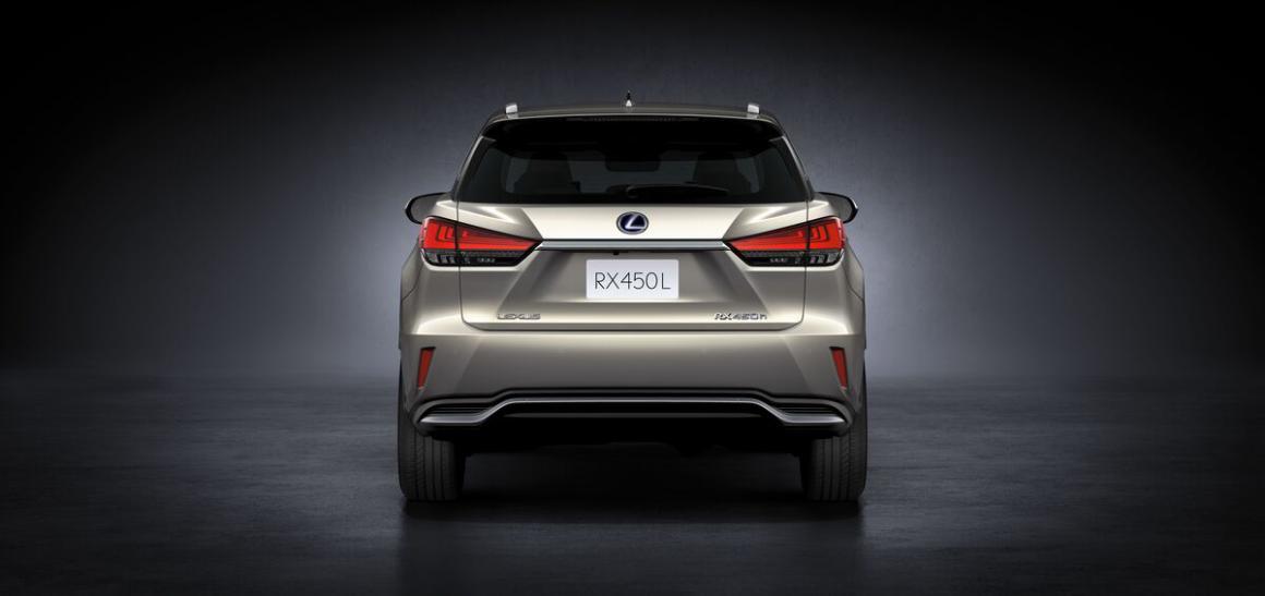 Lexus-RX450-tras