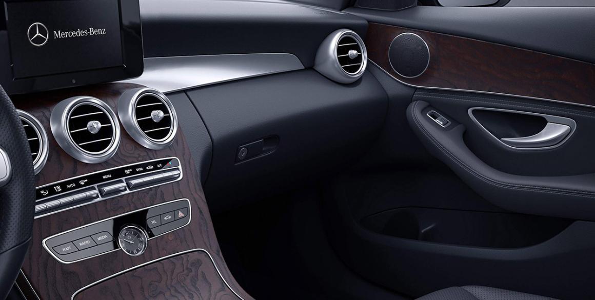 Mercedes-Classe-C-interior