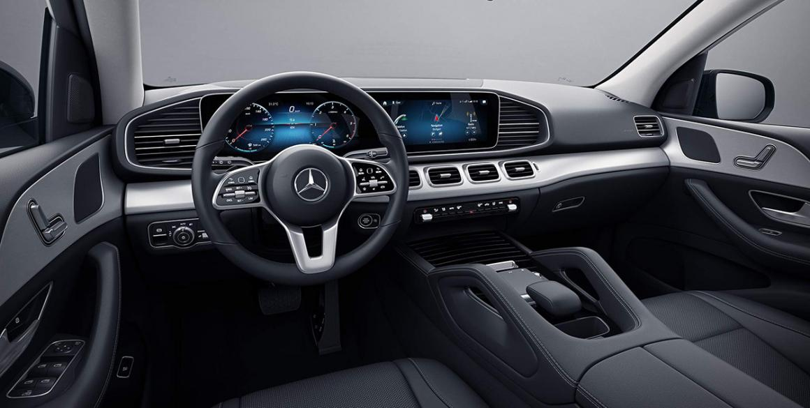 Mercedes-Benz-GLE-interior