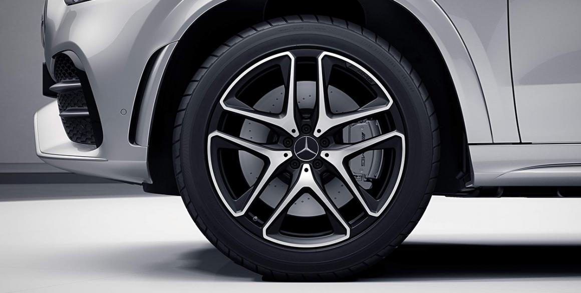 Mercedes-Benz-GLE-pneu