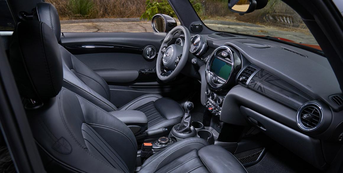 Mini-Cooper-interior
