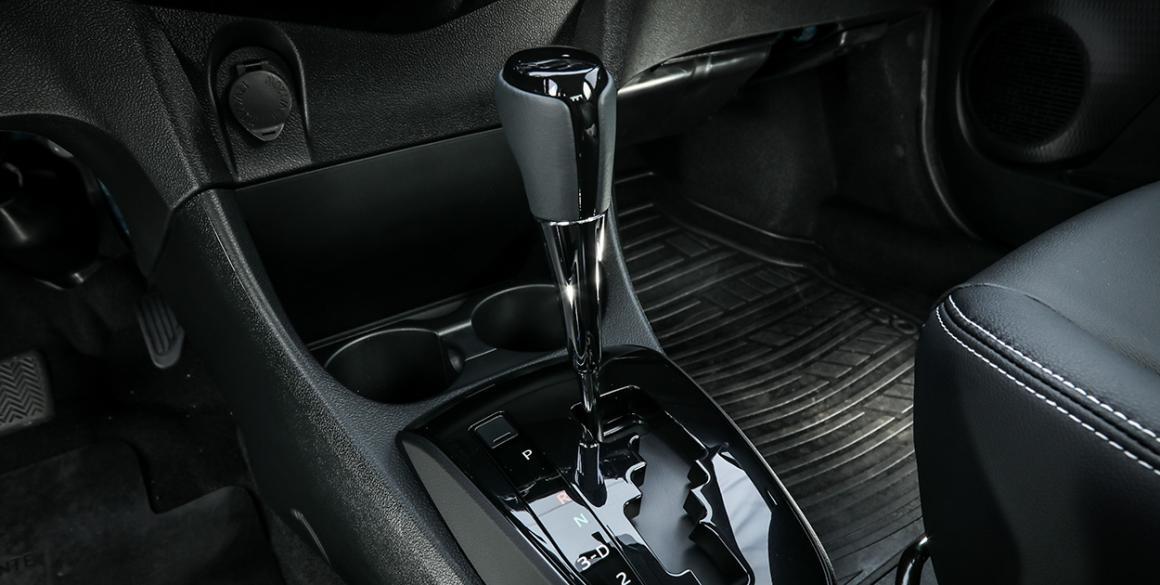 Toyota-Etios-Sedan-cambio