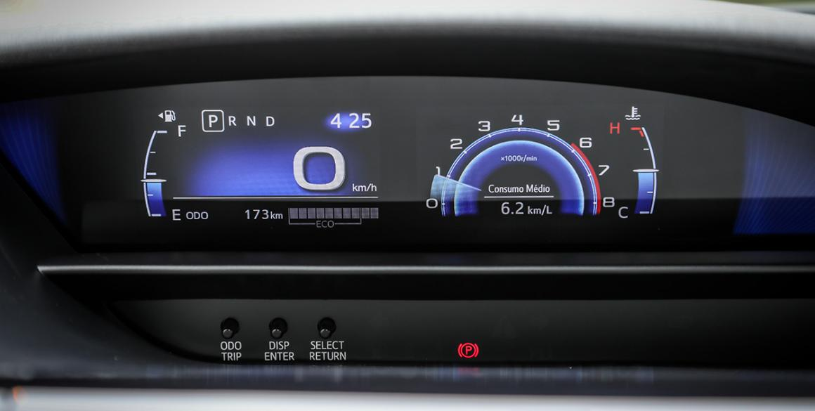 Toyota-Etios-Sedan-painel