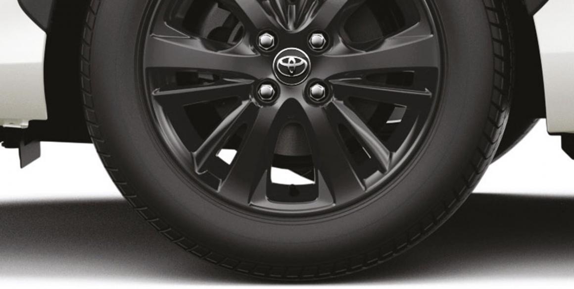 Toyota-Yaris-X-way-pneu