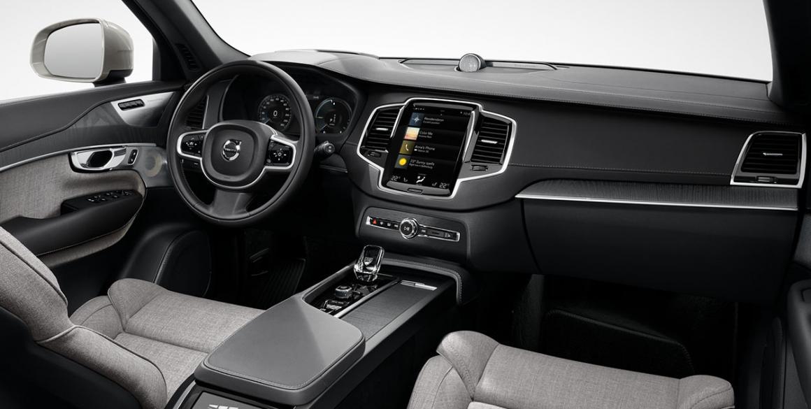 Volvo-XC-90-interior