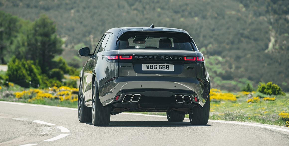Range-Rover-Velar-tras