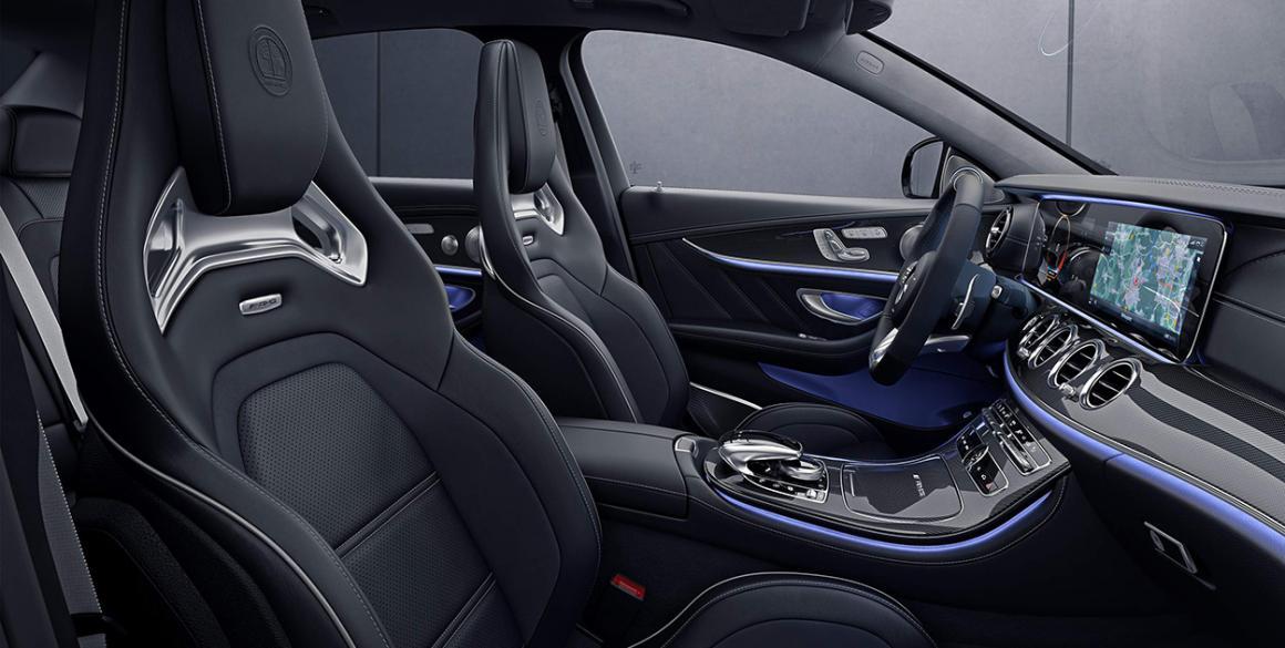 Mercedes-Classe-E-bancos-frente
