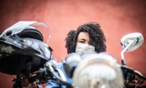 aula de moto e carro em centro de formação de condutores (CFC)