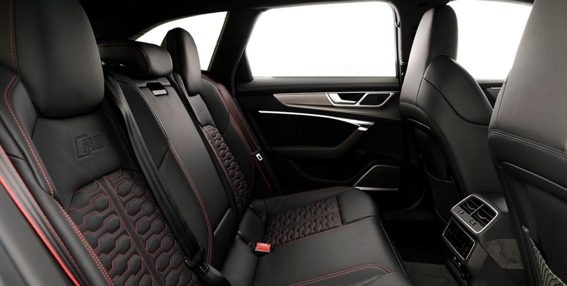 Audi-RS6-bancos-tras