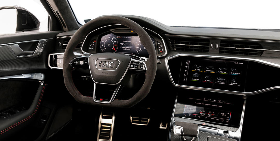 Audi-RS6-painel