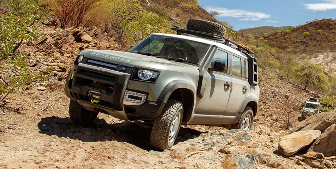 Land-Rover-Defender-lado-2