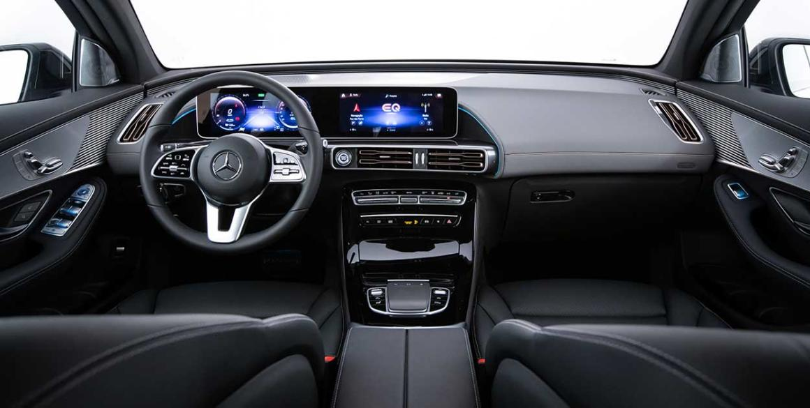 Mercedes-EQC-painel