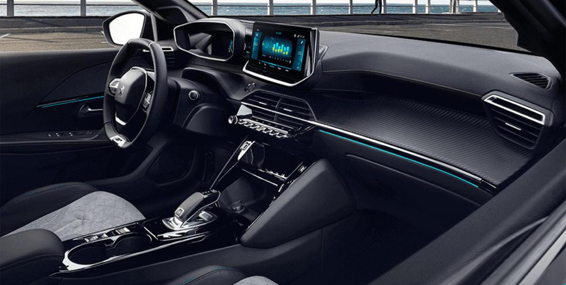 Novo-Peugeot-208-interior2