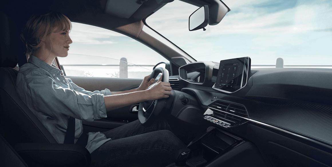 Novo-Peugeot-208-interior3