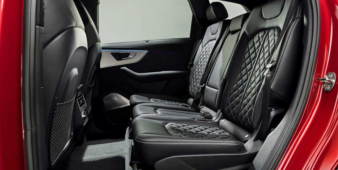 Audi-Q7-bancos-tras