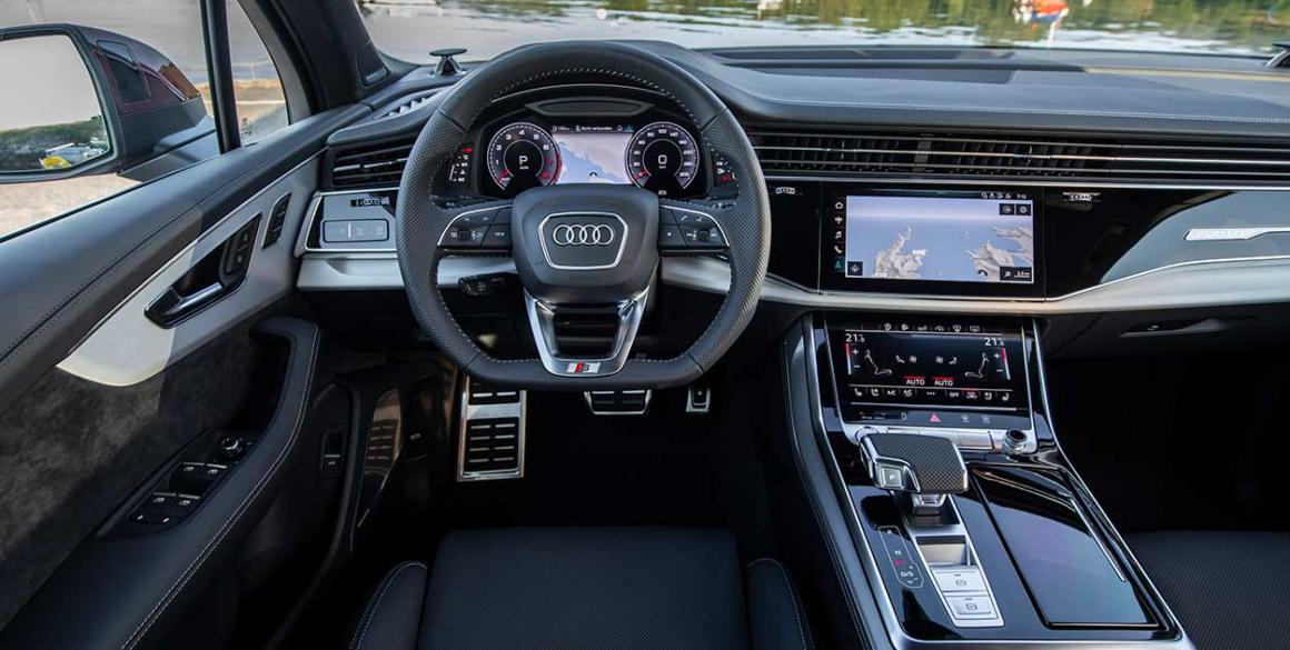 Audi-Q7-volante-painel