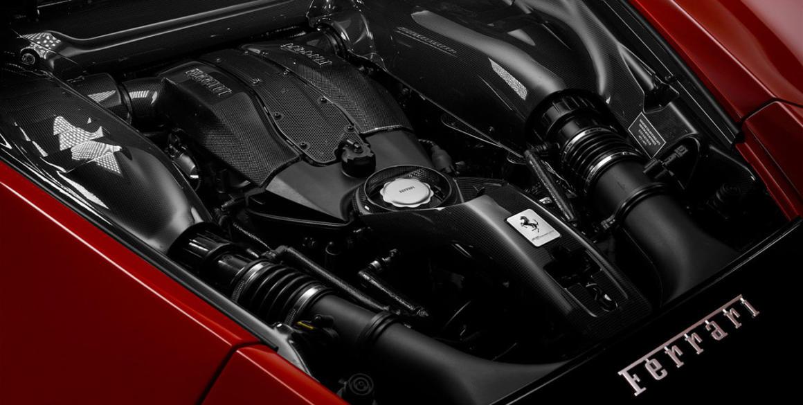 Ferrari-F8-Tributo-motor2