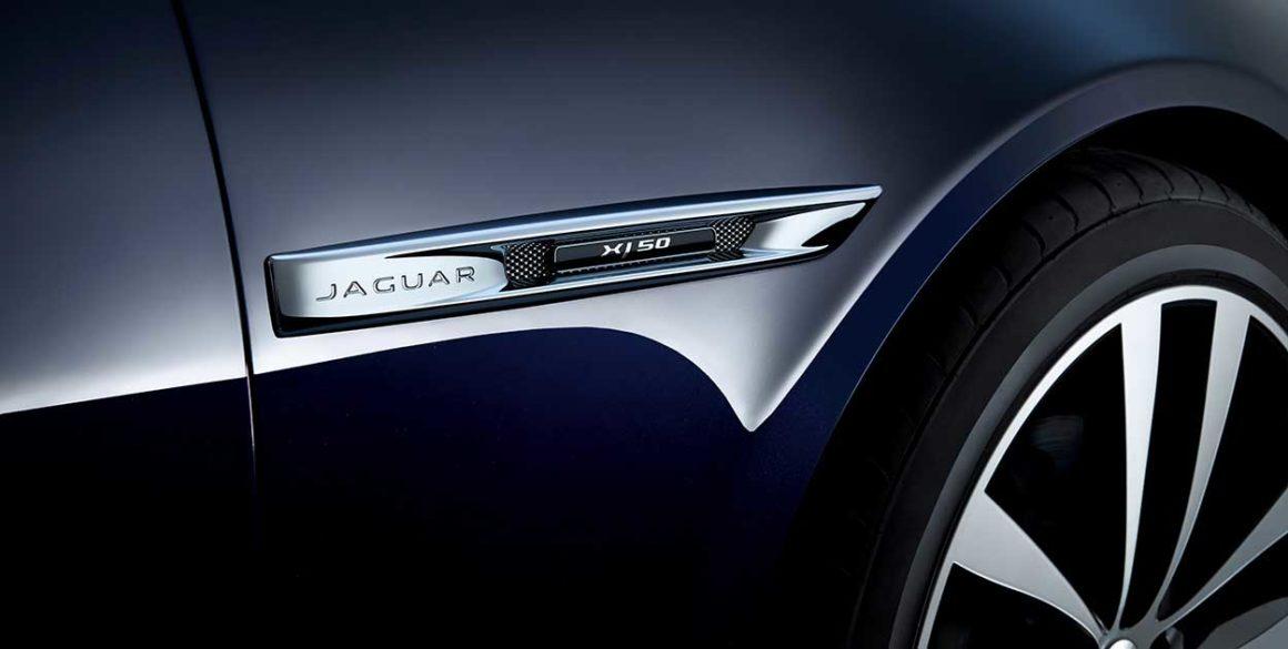 Jaguar-XJ-detalhe