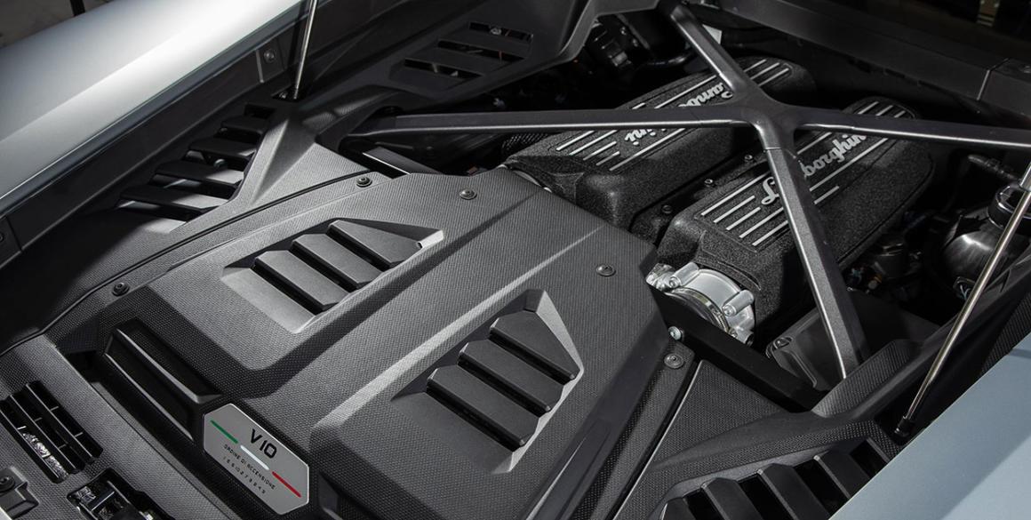 Lamborghini-Huracan-motor