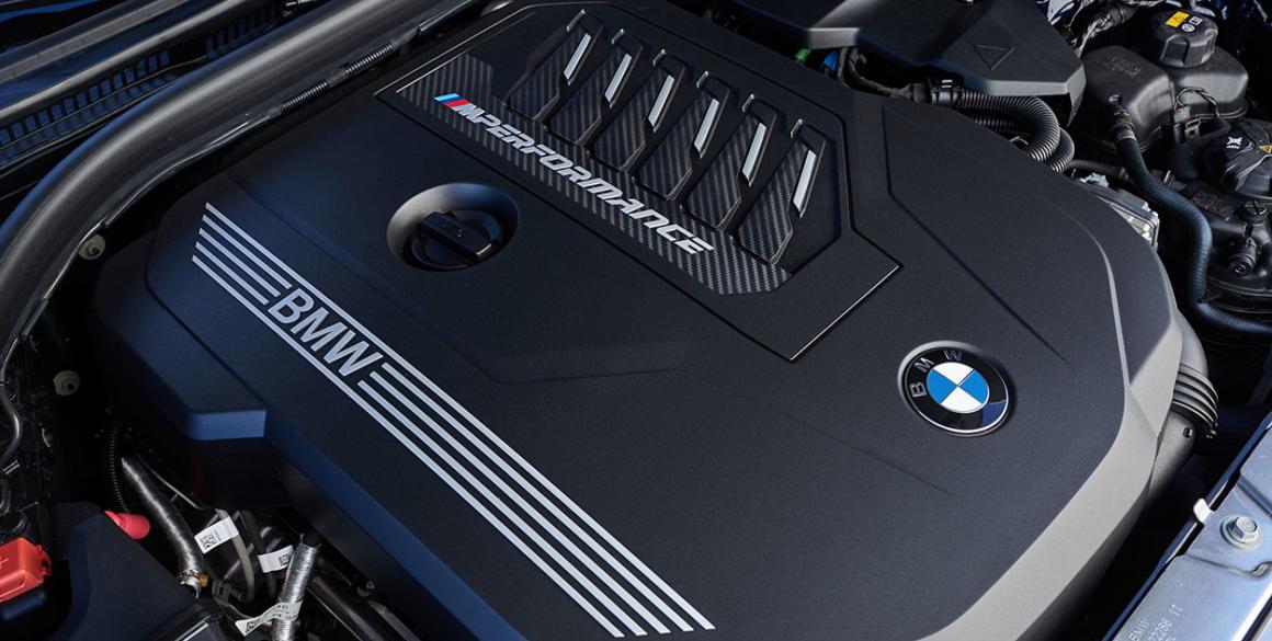 BMW-340i-motor