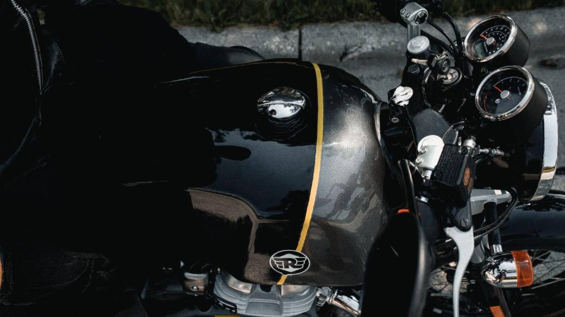 Royal Enfield CONTINENTAL GT 2021 3
