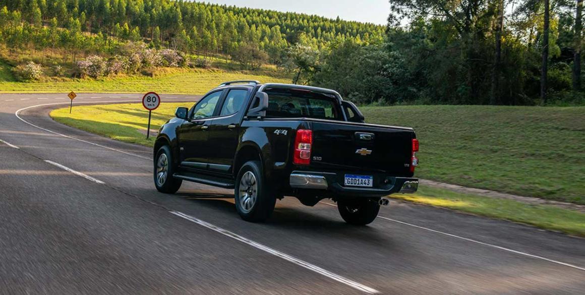 Chevrolet-S10-tras