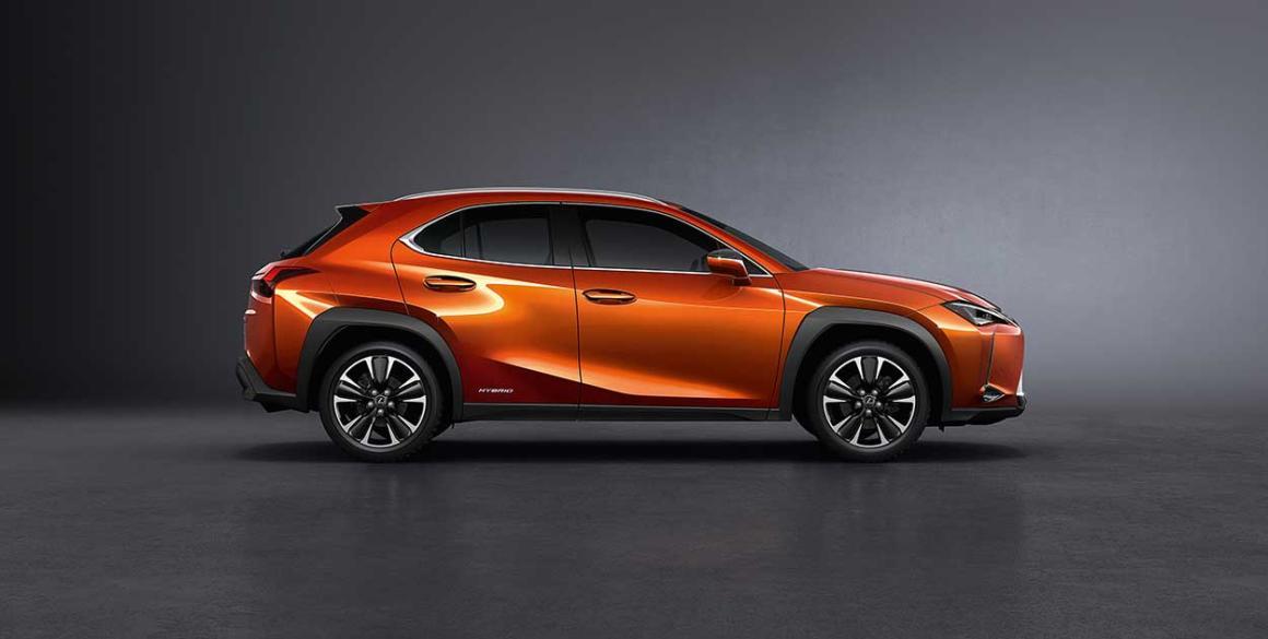 Lexus-250-lado
