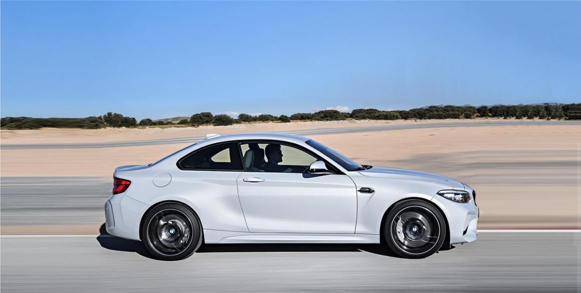 BMW-M2lado