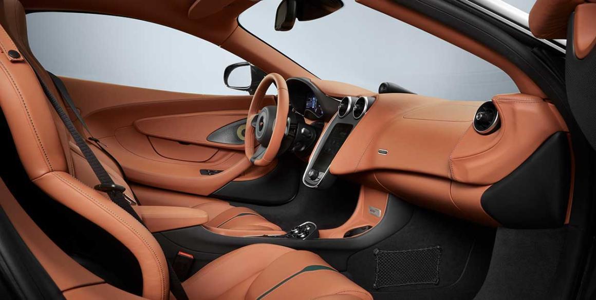 McLaren-570-GT-interior2
