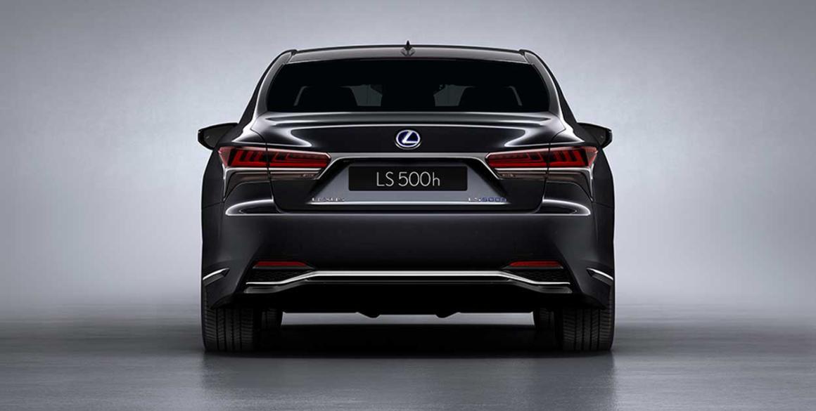Lexus-LS-500-h-tras2