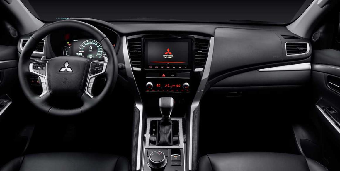 Mitsubishi-Pajero-Sport-interior