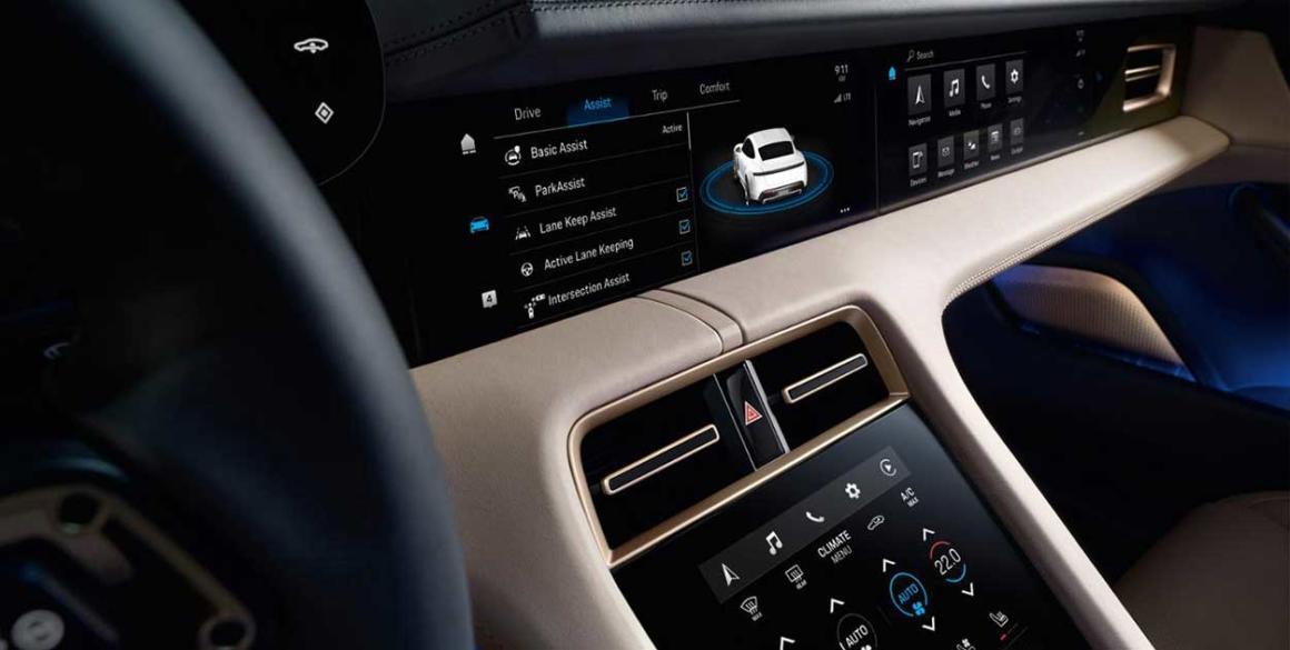 Porsche-Tycan-interior2