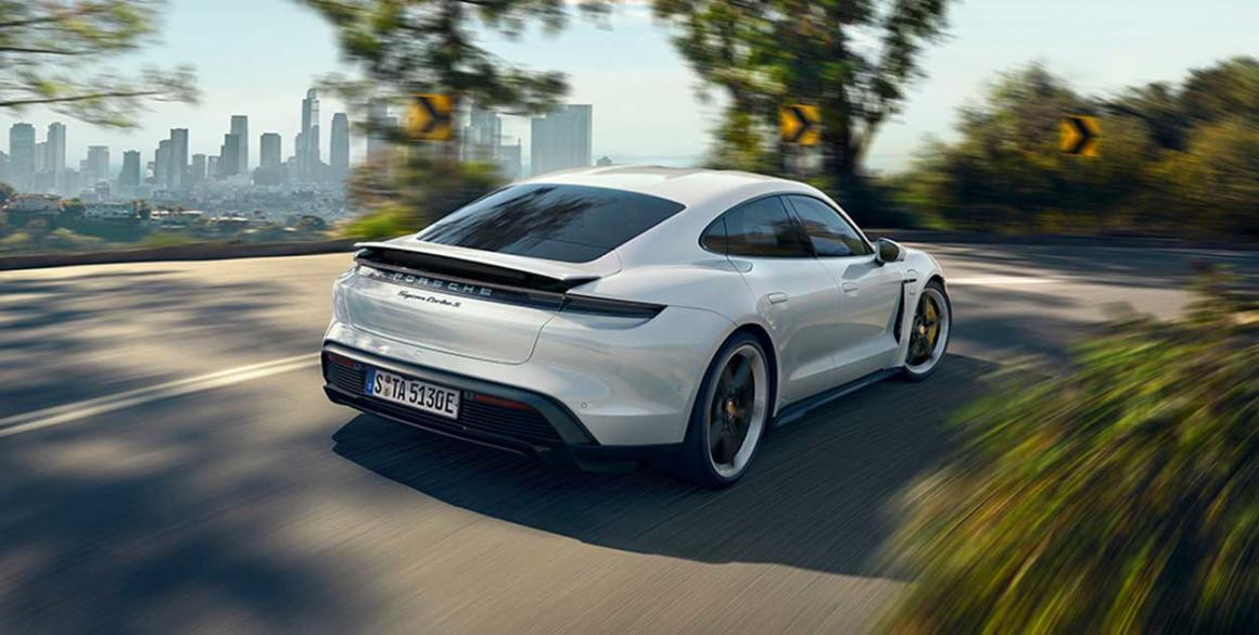 Porsche-Tycan-tras2