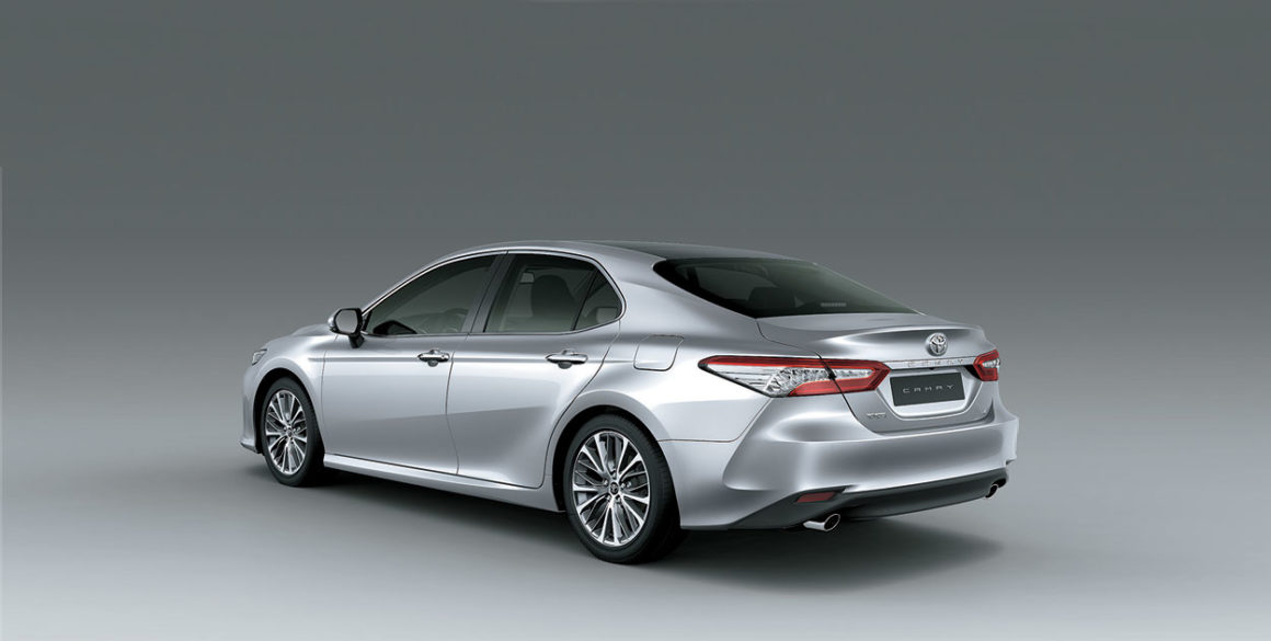 Toyota Camry-tras