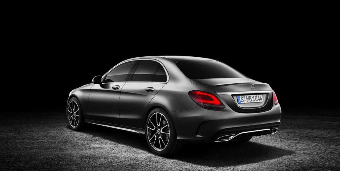 Mercedes-Benz C200-tras