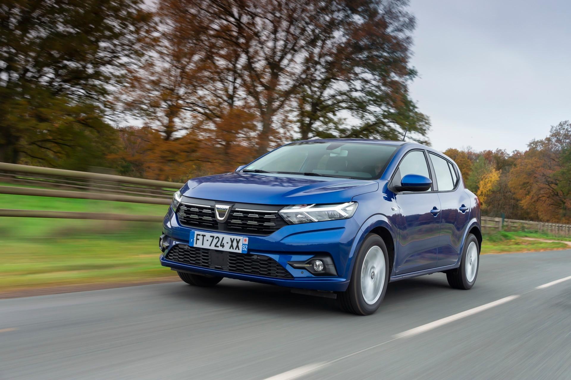Dacia Sandero é registrado pela Renault no Brasil