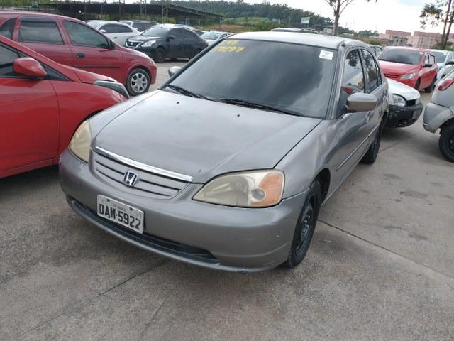 Honda Civic 2001 tem lance a partir de R$ 2.200