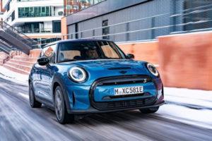 Grupo BMW vai importar nova versão do Mini elétrico