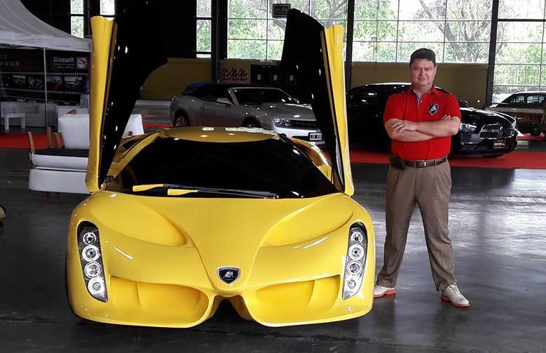"""Joan Ferci e o """"Lamborghini"""" Alar 777"""