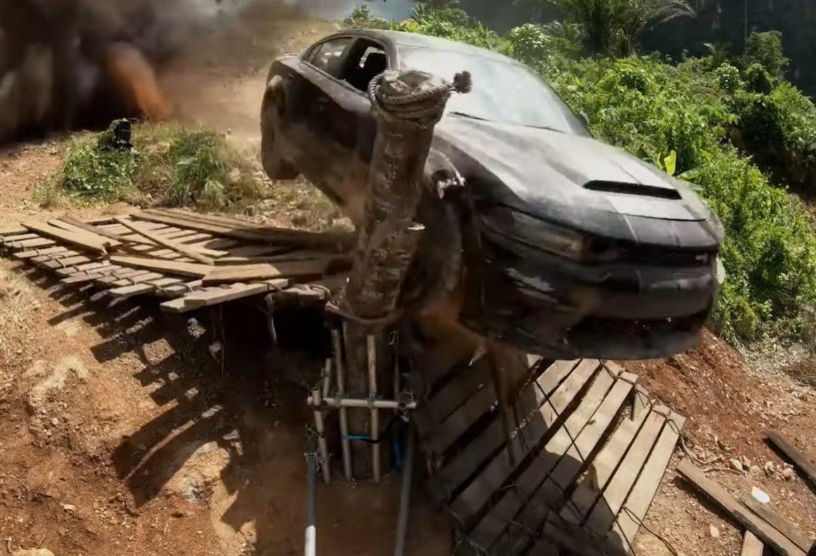 Dodge Charger SRT Hellcat em Velozes e Furiosos 9