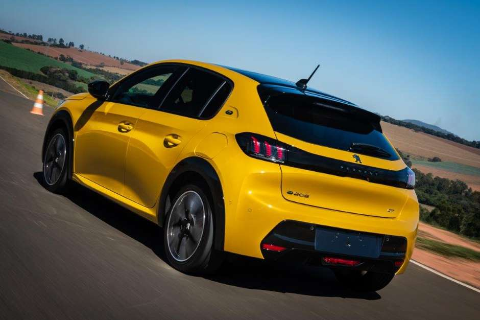 Peugeot 208 e-GT eletricos
