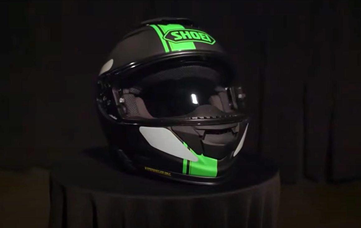 Kawasaki Ninja ZX-10R 2022 capacete
