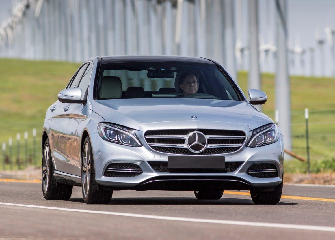 Mercedes-Benz Classe C vai bem entre os usados