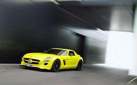 Mercedes-Benz mostra SLS 100% elétrico