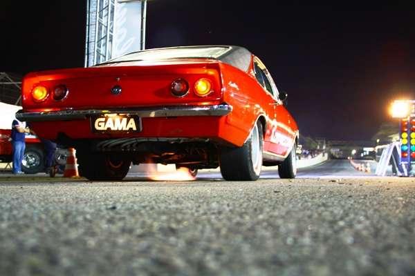 Noite de racha terá 200 carros em Interlagos